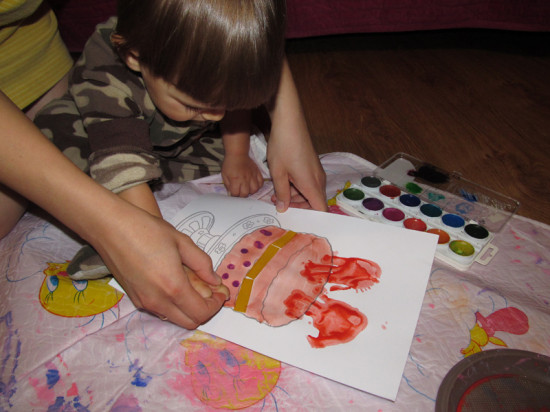 рисование ладошками клубника