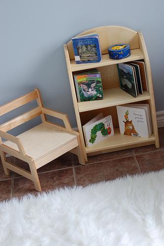 Методкика Монтессори, мебель, стеллаж для книг
