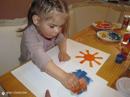 трафарет из бумаги: солнце, тучка или облако