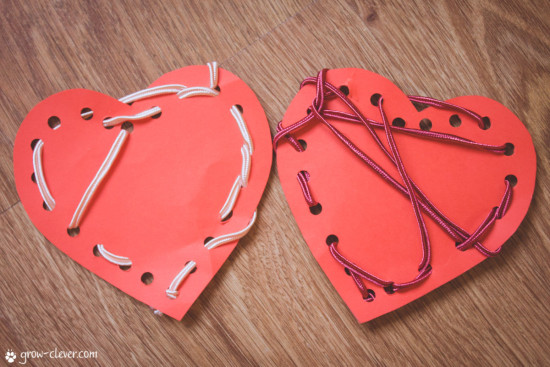 Шнуровки для развития мелкой моторики, сердце ко дню святого валентина